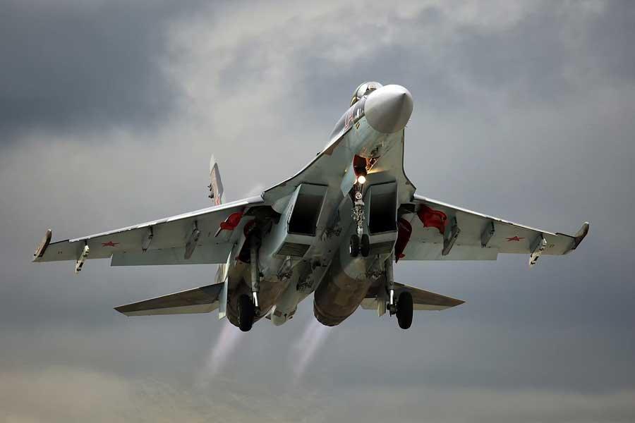 Клинцевич назвал политиканством протест Японии из-за Су-35С на Курилах