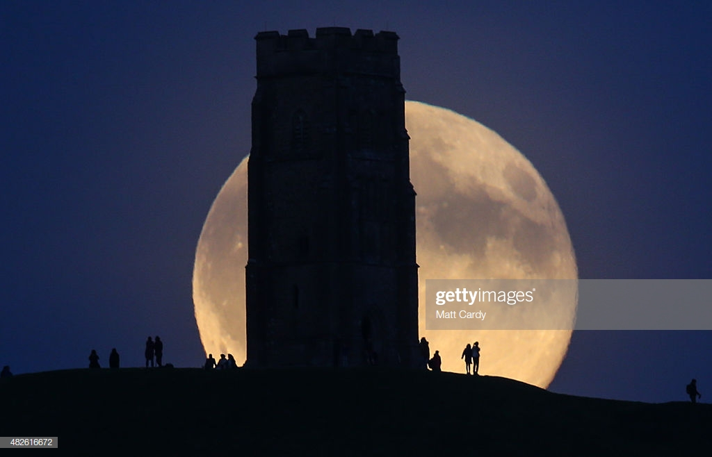 Blue Moon Rises Over Glastonbury Tor : News Photo