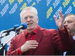 Жириновский пожаловался на маленькую пенсию
