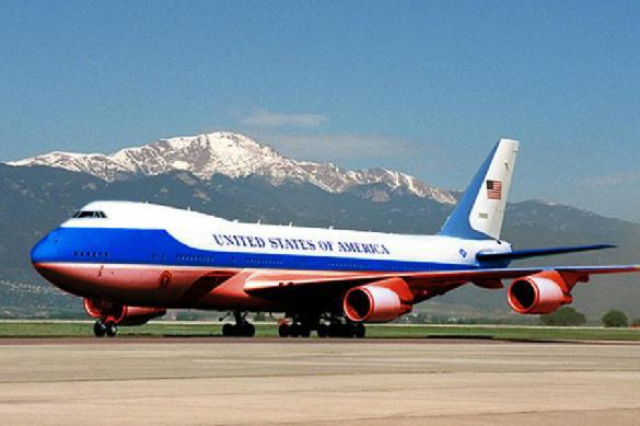 Трамп приказал перекрасить «борт №1» в цвета флага России
