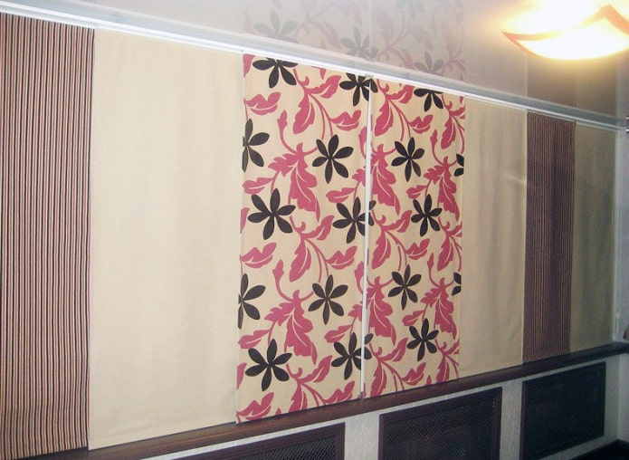 короткие японские полотна на лоджии
