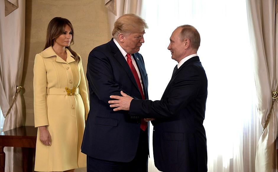"""""""Лев с ланью"""". Общественность в шоке. Реакция на пресс-конференцию Трампа и Путина"""