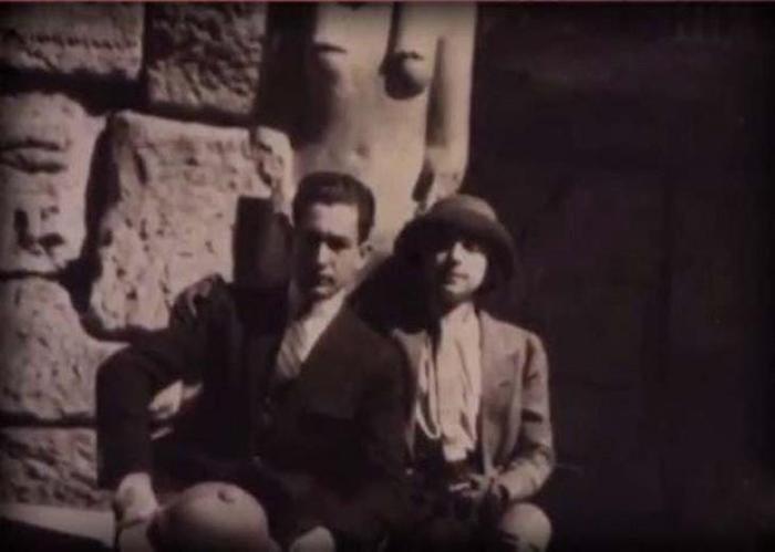 Маргерит со своим мужем.