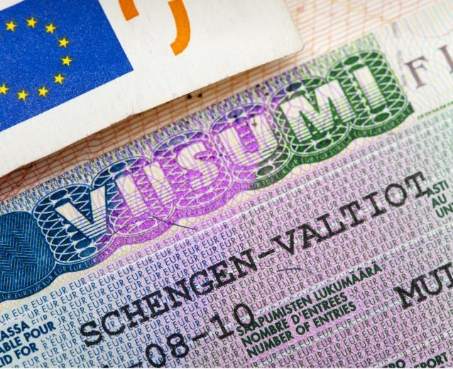 Финскую визу получить проще всего, если у вас есть привязка к консульскому округу северо-западного региона.