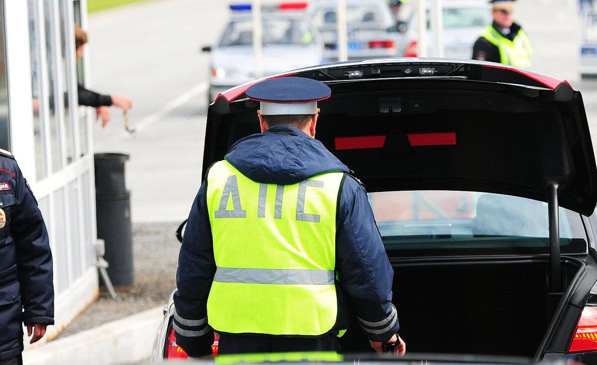 """Автоюрист поставил точку в вопросе """"Где должен лежать огнетушитель, чтобы не оштрафовали ИДПС"""" авто и мото,водителю на заметку,штрафы и дтп"""