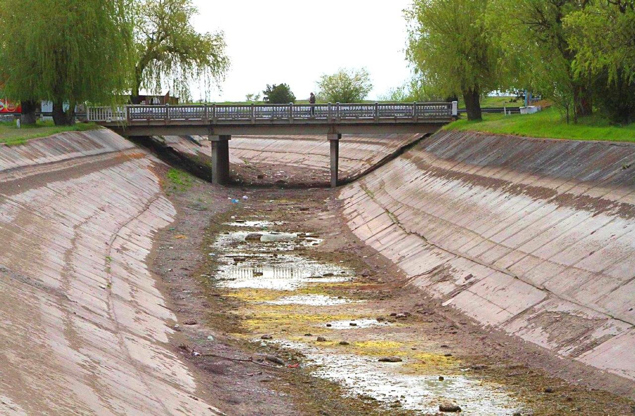 Предложены пять сценариев возобновления подачи воды в Крым со стороны Украины