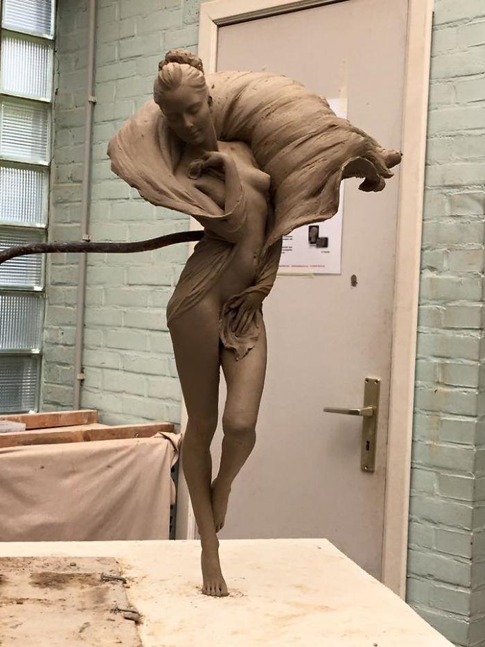 Живая скульптура от Лу Ли Ронг