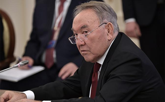 Назарбаев разогнал правительство. Почему не может Путин? Казахстанский кабмин отправлен в отставку «за неумение работать с населением»