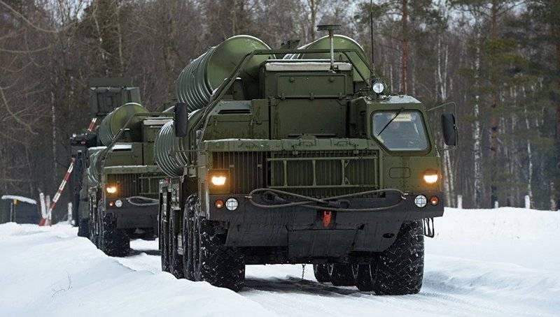 Дивизион С-400 заступает на боевое дежурство на западной границе России