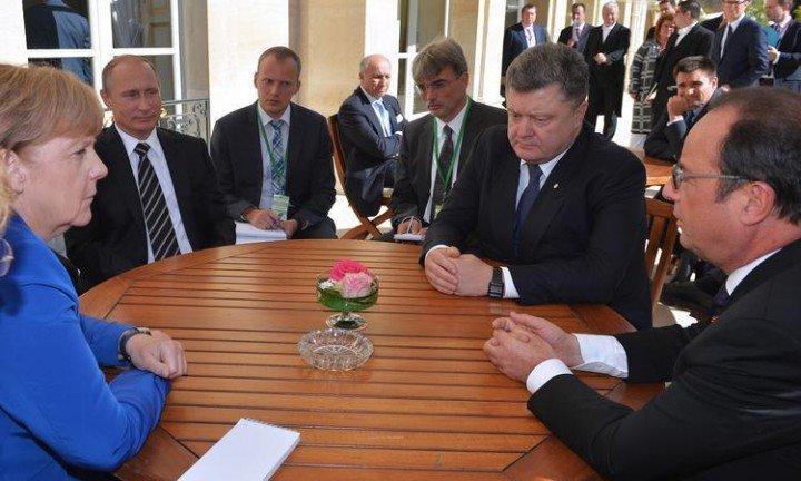 Путин уберег себя от слезливых истерик Порошенко