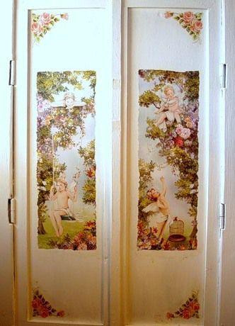 Вариант декорирования дверей (декупаж)