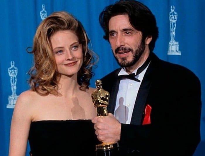 Джоди Фостер и Аль Пачино на церемонии вручения премии *Оскар* | Фото: fishki.net