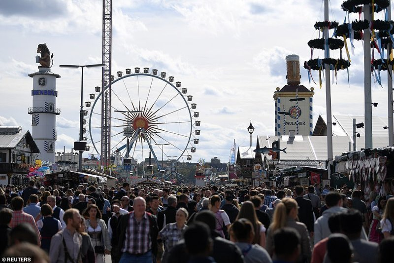 Вот это толпы... ynews, бавария, гуляния, мюнхен, октоберфест, октоберфест 2018, пивной фестиваль, пиво