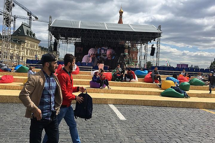 Книжный фестиваль «Красная площадь»: Погода против книг