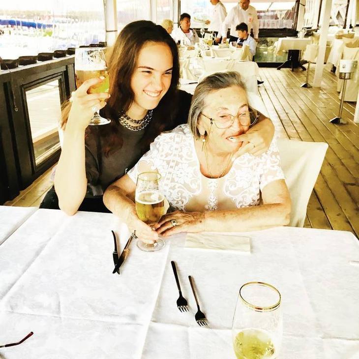 Из пацанки в красотки: как выглядит сейчас дочь Ларисы Гузеевой загадочность