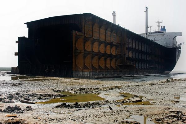 Мировой танкерный флот скоро массово пойдет на слом