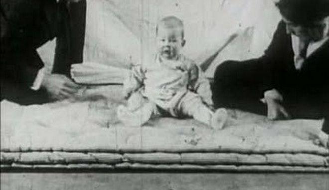 «Маленький Альберт» — жестокий эксперимент, доказавший связь между опытом и страхом наука,эксперименты