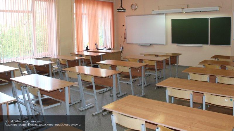 Школьник избил учительницу за порванные наушники в одной из московских школ