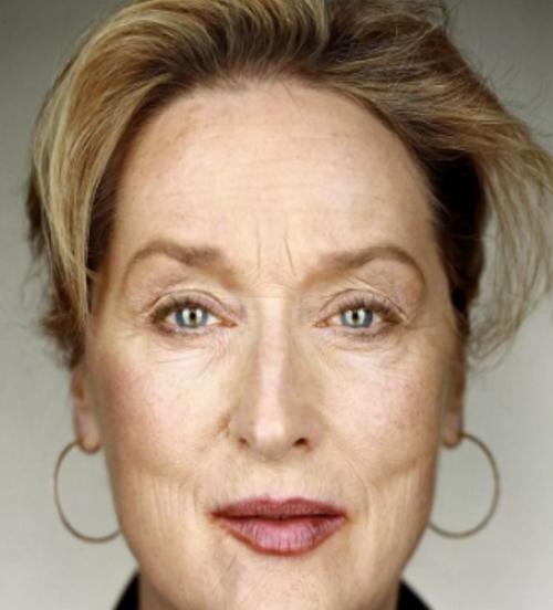 Как правильно оформить брови женщинам 50+, чтобы избежать эффекта грустного взгляда