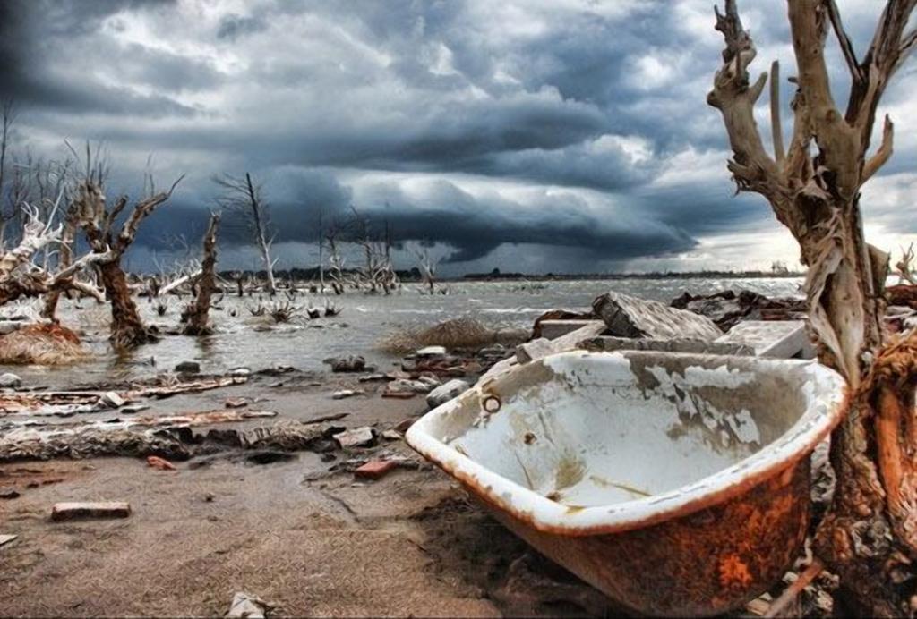 Город, который 30 лет находился под водой: что там осталось, когда море ушло