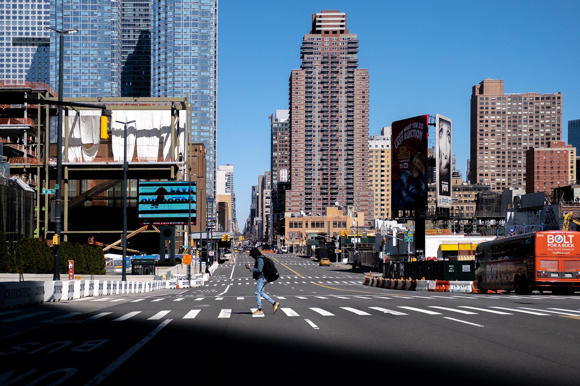 Жутковатые снимки обезлюдевшего Нью-Йорка