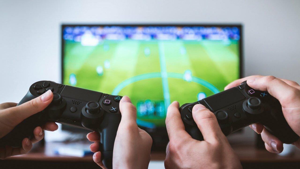 10 лучших игр для консолей PS4 и Xbox One, в которые можно играть на одном экране