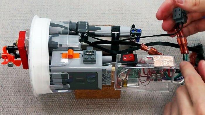 Радиоуправляемая подлодка из кувшина