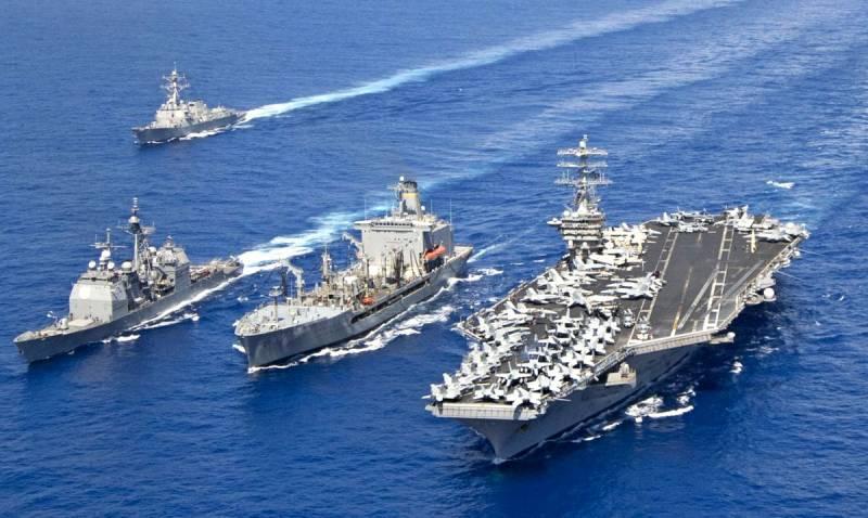 Ударная группа НАТО выстроилась в боевой порядок у Сирии. Россия не стоит в стороне