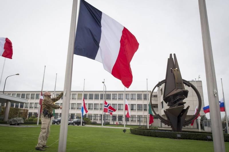 Во французском парламенте призывают выйти из НАТО