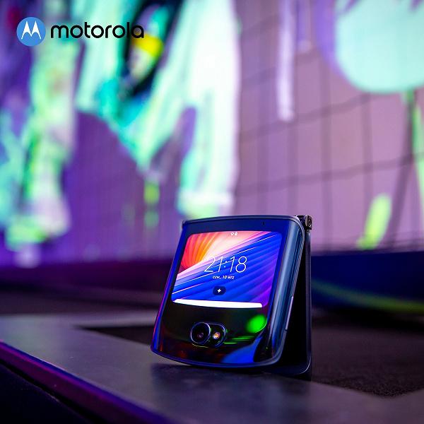 Легендарная раскладушка стала хитом в России. Даже январские поставки Motorola RAZR 5G раскуплены новости,смартфон,статья