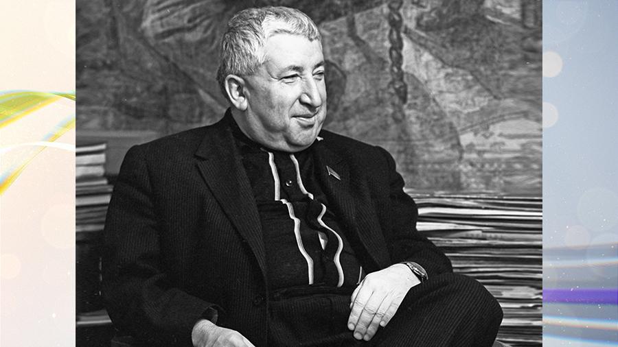 """Расул Гамзатов: """"Я лично назвал бы все города женскими именами"""""""