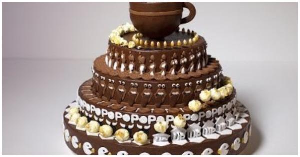 Этот торт выглядит как странно украшенный, но если вы начнете его вращать, он оживет!