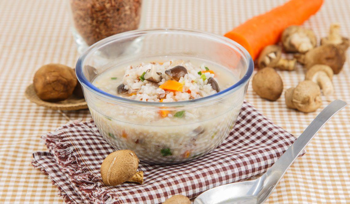 Грибной суп с рисом и овощами