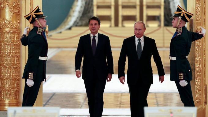 Рим ищет поддержки Москвы