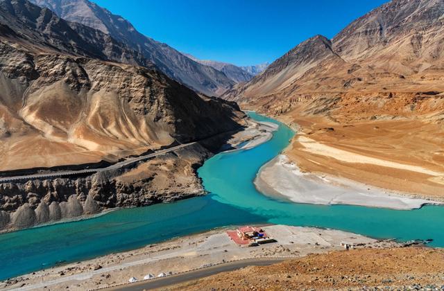 Опасны ли места слияния рек?