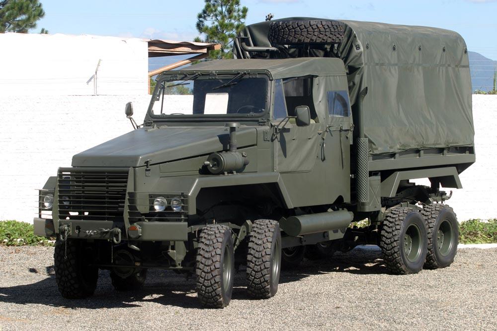 Бразильский военный грузовик