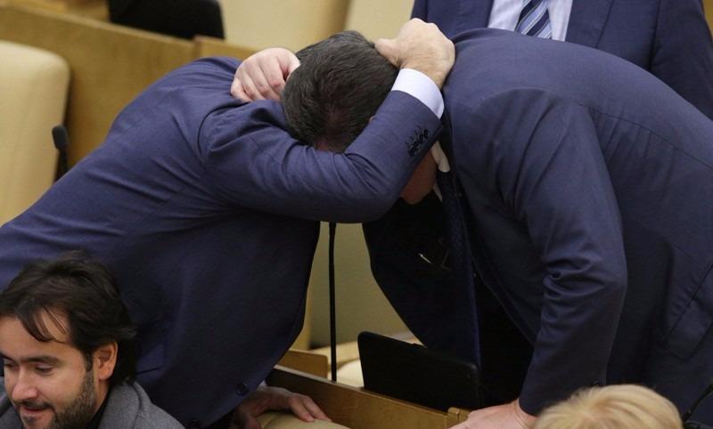 Рано радовались: депутатам Госдумы сократят зарплаты на 10%