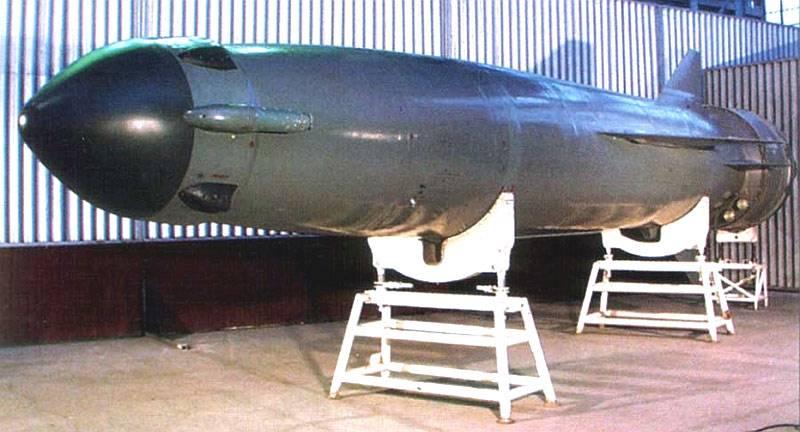 Противокорабельная ракета: гиперзвуковая или дозвуковая?