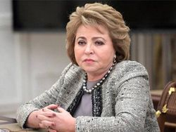 В.Матвиенко: Пенсионный возраст повышать нужно, но плавно