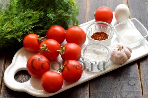 Малосольные помидоры  – узнала рецепт у соседки по даче, это нереально вкусно закуски,квасим и солим