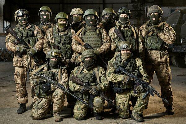 """Тюнинг АК: какие """"обвесы"""" использует российский спецназ"""