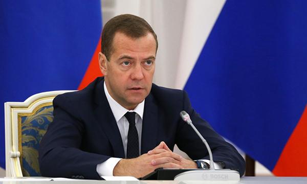 Медведев: Высокая поддержка Путина на выборах означает, что РФ продолжит двигаться вперед
