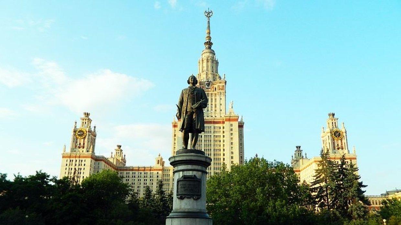 Социологи рассказали, сколько зарабатывают ректоры российских вузов