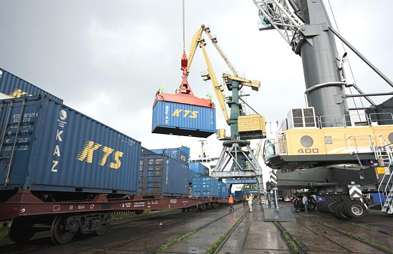 Россия отправила порты Приба…