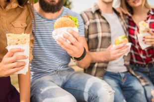 Нужно ли снижать количество вредных добавок в продуктах?