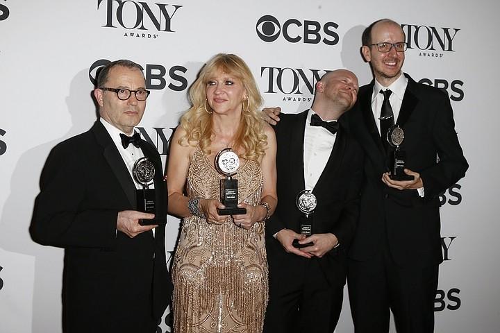 Постановка «Гарри Поттер и проклятое дитя» получила премию Tony за лучший спектакль