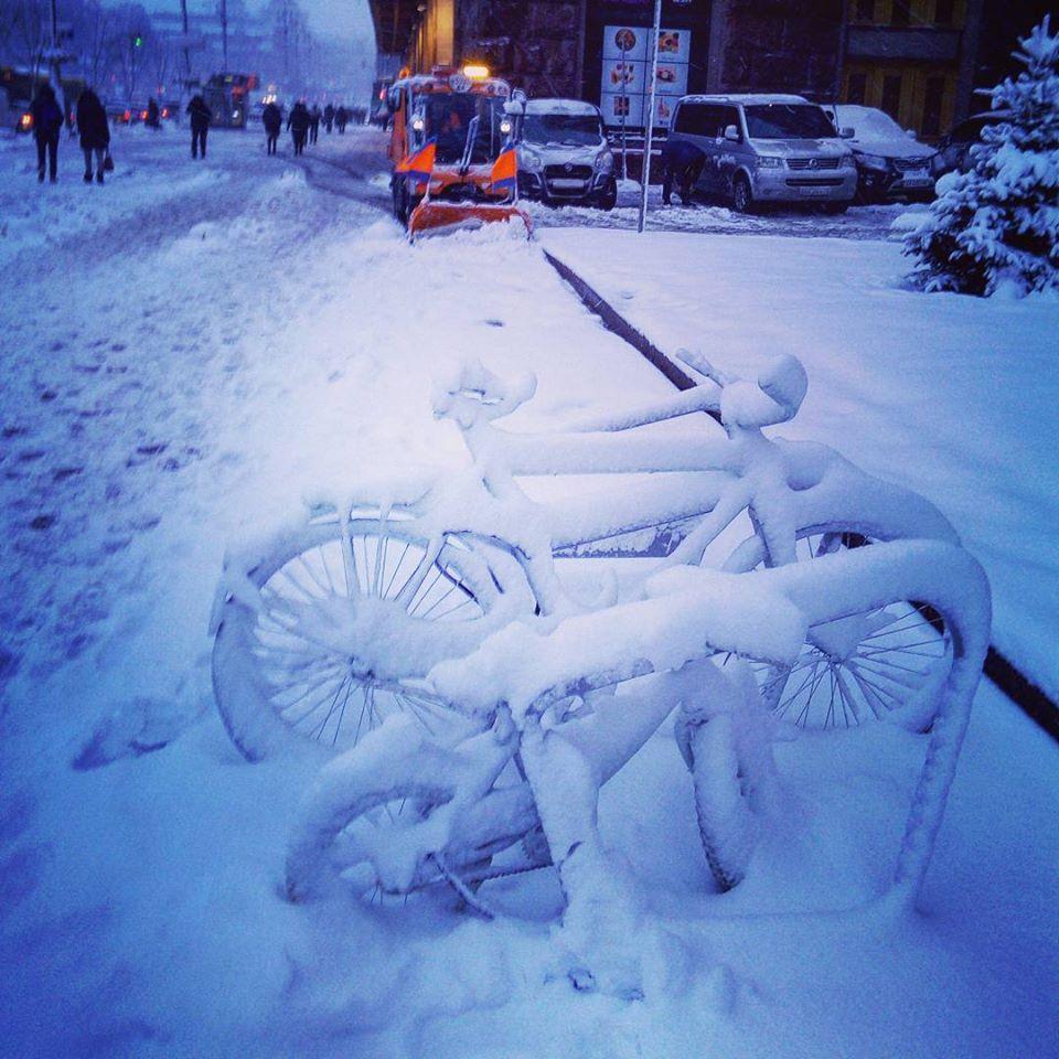 Зима по традиции наступила внезапно.