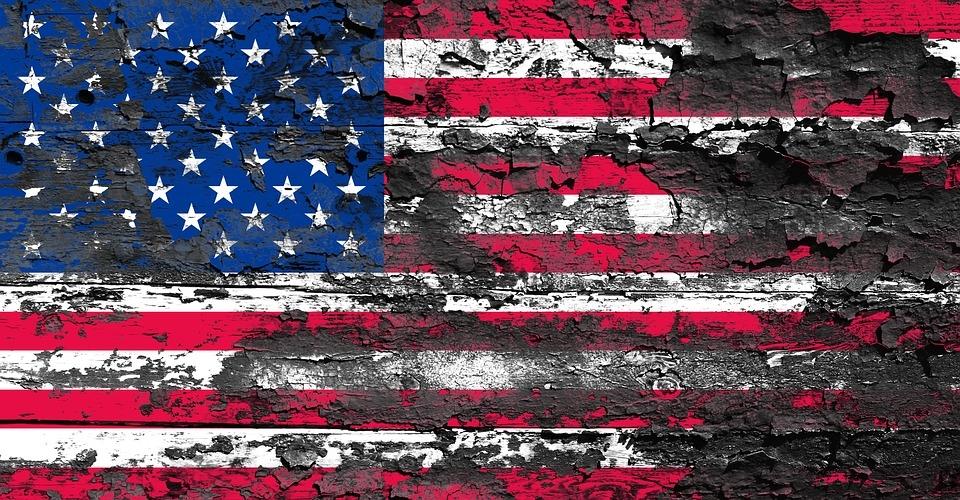 Американский обозреватель о холодной войне: история ничему не учит США