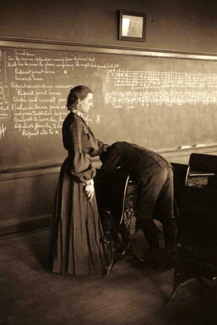 Школьная порка, Меномони, Висконсин, США, 1905 год история, ретро, фото