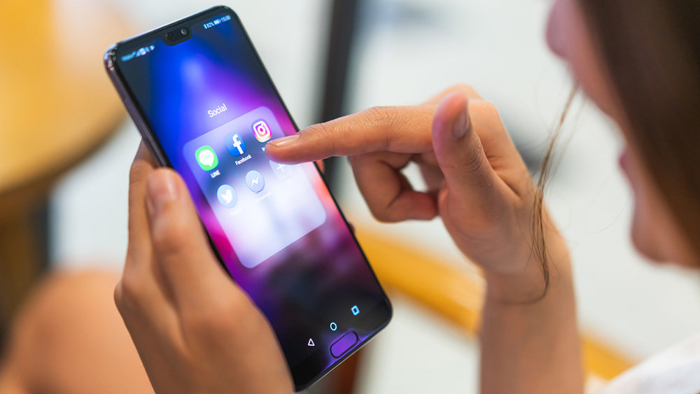 Названы смартфоны Huawei, ко…
